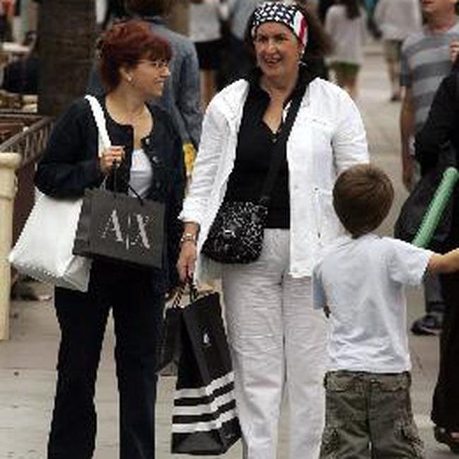 Doanh số bán lẻ Mỹ tháng 7/2009 tiếp tục giảm