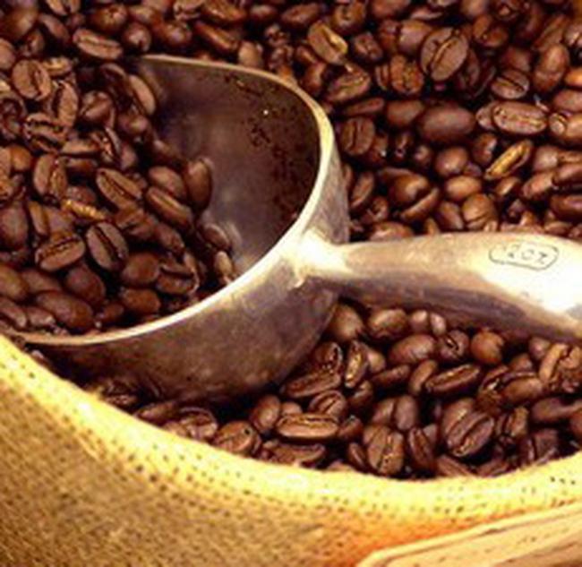 Giá cà phê tiếp tục diễn biến trái chiều