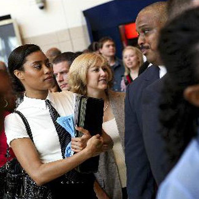 Tỷ lệ thất nghiệp Mỹ tháng 7/2009 bất ngờ giảm xuống 9,4%