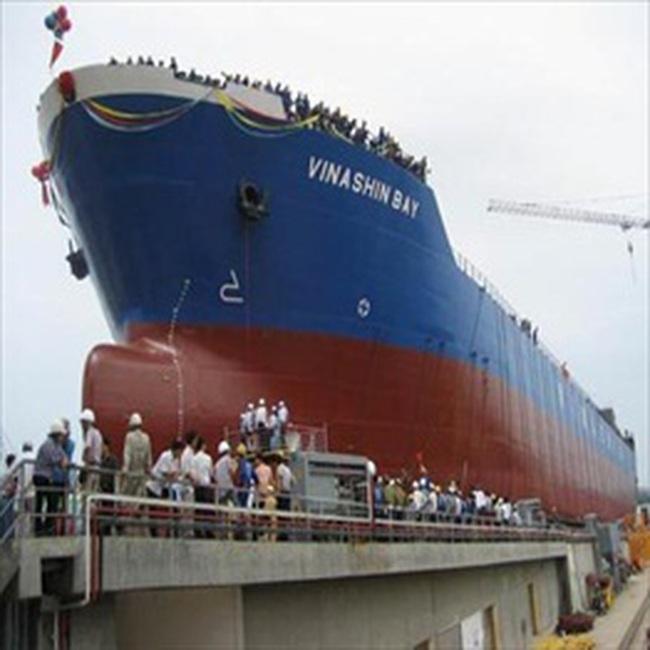 Vinashin: Ký hợp đồng đóng mới xuất khẩu 4 tàu chở hàng