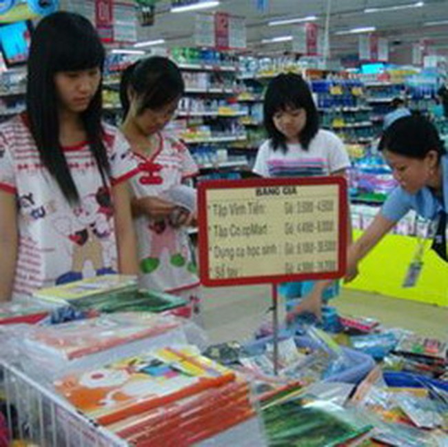 Sức mua đồ dùng học tập tăng đến 30%