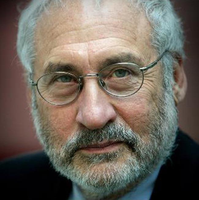 Joseph Stiglitz lo ngại về đồng USD