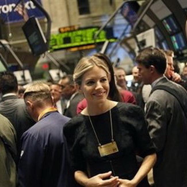 Dow Jones tăng 6 phiên liên tiếp lên mức đỉnh của năm 2009