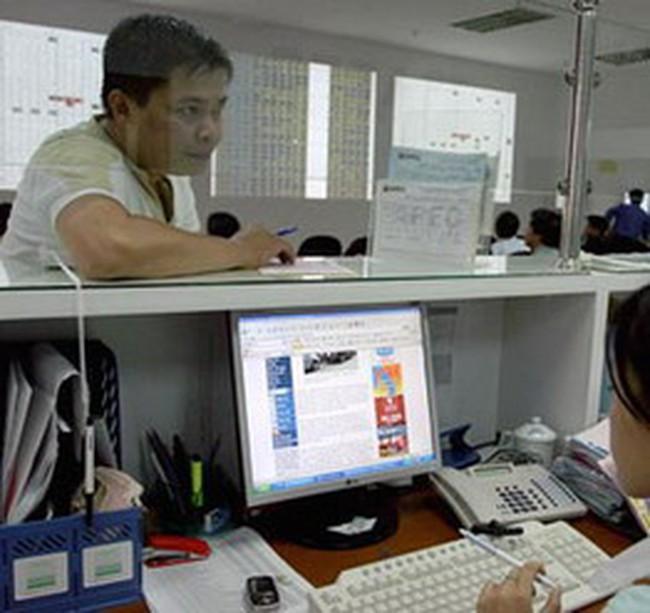 VN-Index tăng mạnh lên 536 điểm với khối lượng giao dịch lớn