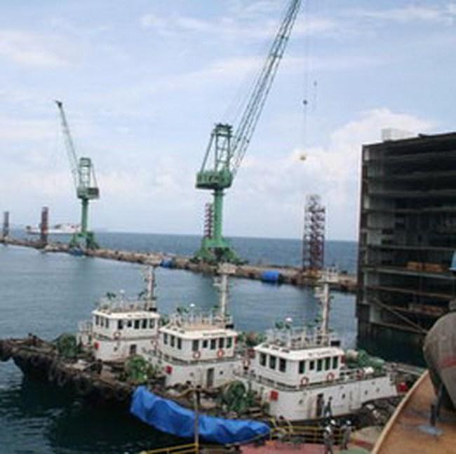 Xây cảng trung chuyển quốc tế đầu tiên ở Việt Nam