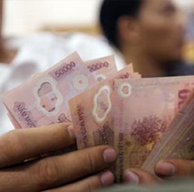 Tăng lương tối thiểu tại doanh nghiệp thêm từ 80-180 nghìn đồng/tháng
