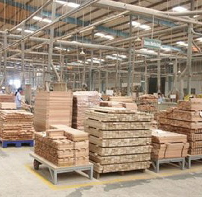 Kim ngạch xuất khẩu gỗ tháng 10 giảm trên 13%