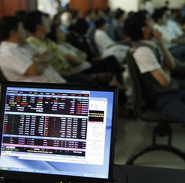 """Thị trường biến động, cổ phiếu thưởng """"chịu trận"""""""