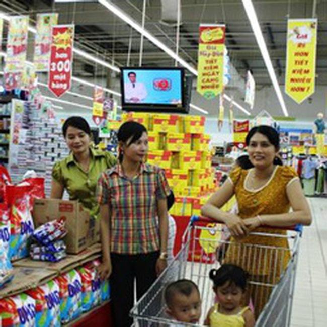 """Thực phẩm nhập khẩu """"dọa"""" tăng giá cuối năm"""