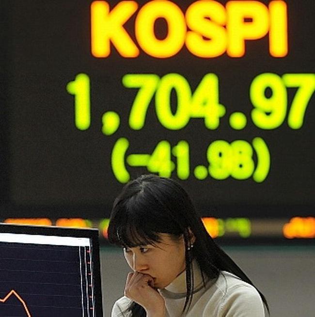 Thị trường châu Á tuần qua giảm điểm mạnh nhất trong 3 tuần