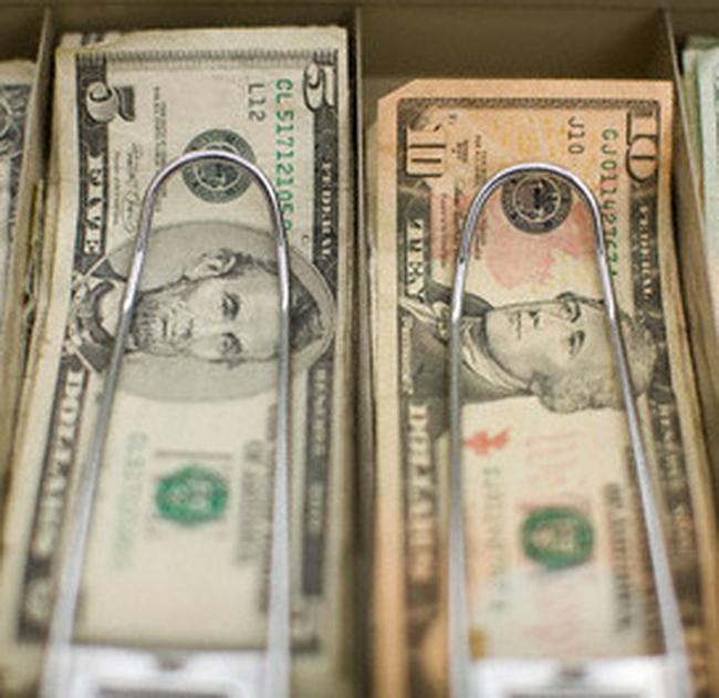 USD đang tăng nhanh trở lại