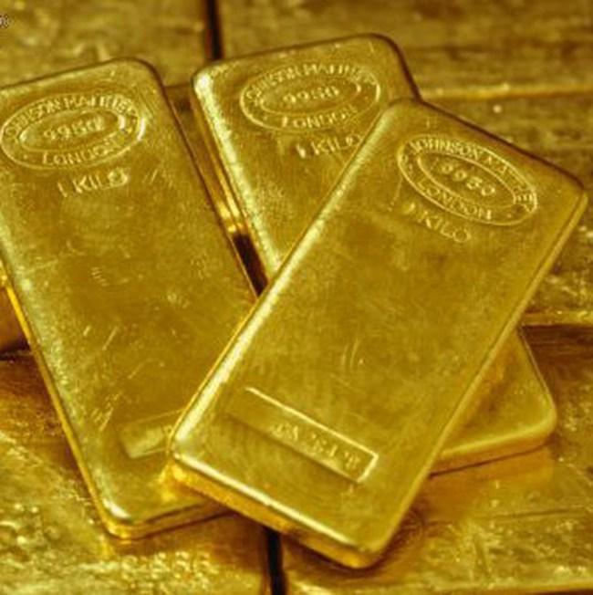 Vàng trong nước cao hơn thế giới 800.000 đồng/lượng