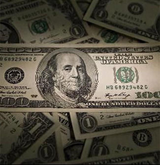 Tỷ giá USD tự do tuột dốc