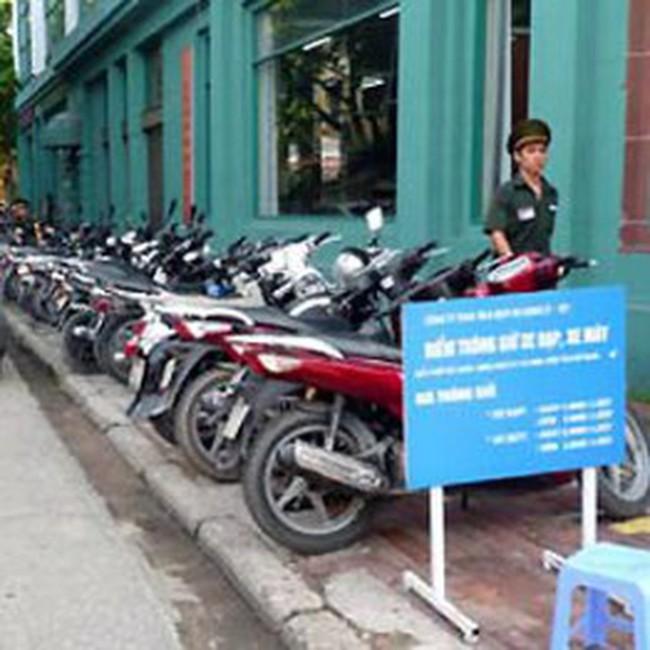 Đề nghị thu phí trông xe theo m2, tăng phí đi đò chùa Hương