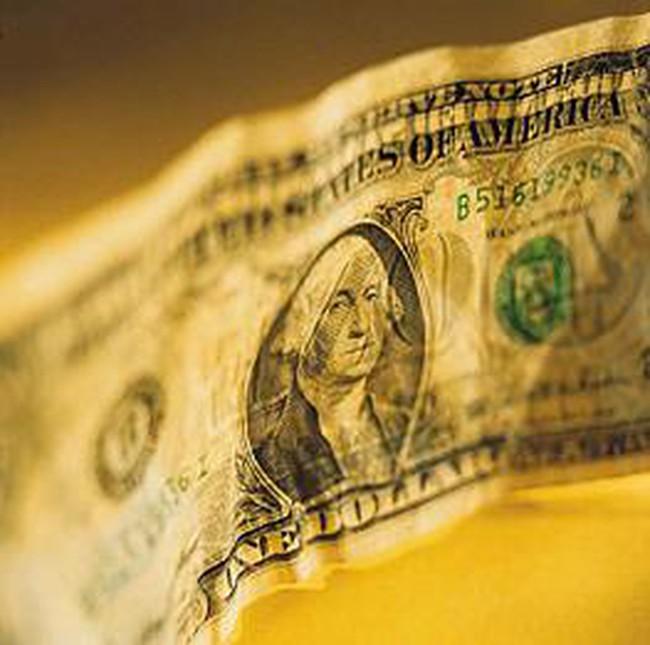 Ai lợi ai thiệt khi USD mất giá