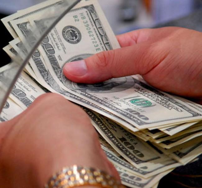 Doanh số giao dịch liên ngân hàng tăng 822 triệu USD