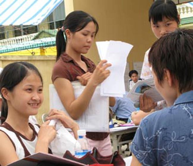 Hà Nội: Công bố 7 điểm đăng ký hưởng Bảo hiểm thất nghiệp