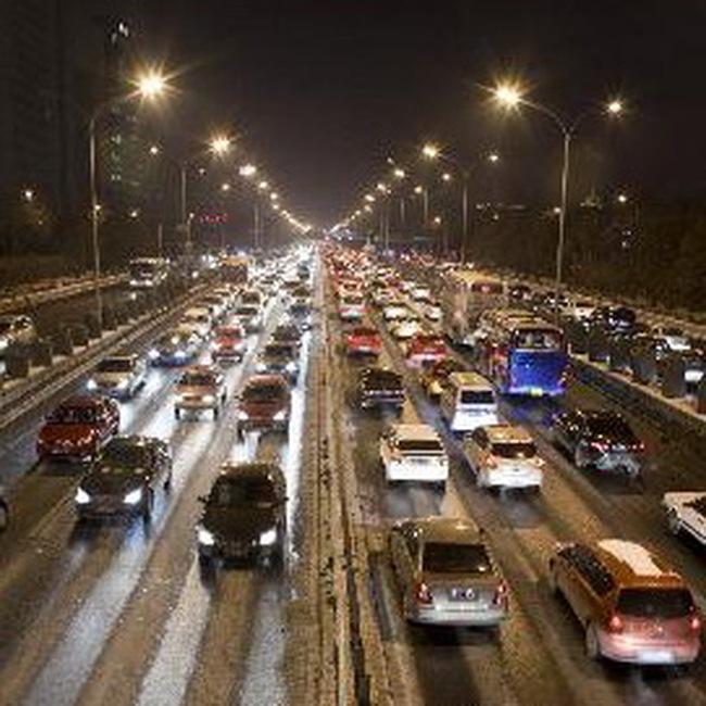 Thị trường ô tô Trung Quốc đứng đầu thế giới lần đầu tiên trong gần 100 năm