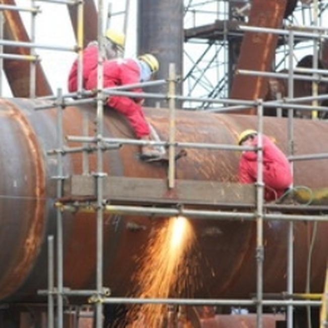 Chi 1 tỷ USD thuê tàu khai thác mỏ Chim Sáo và Dừa
