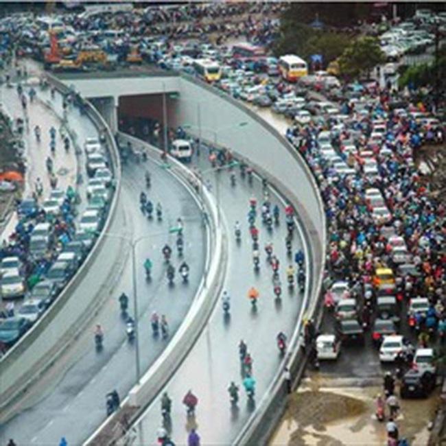 Đầu tư 675.000 Euro cải thiện vận tải hành khách công cộng Hà Nội