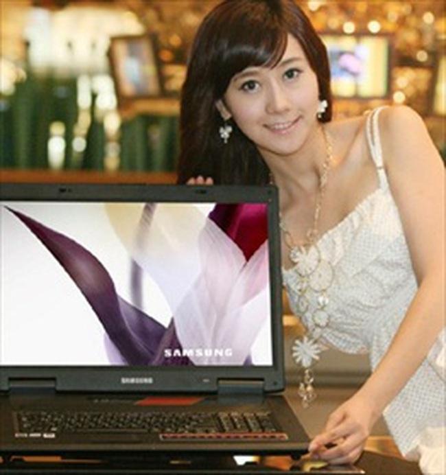 Thị trường máy tính Việt Nam: Mạnh, to và rẻ hơn