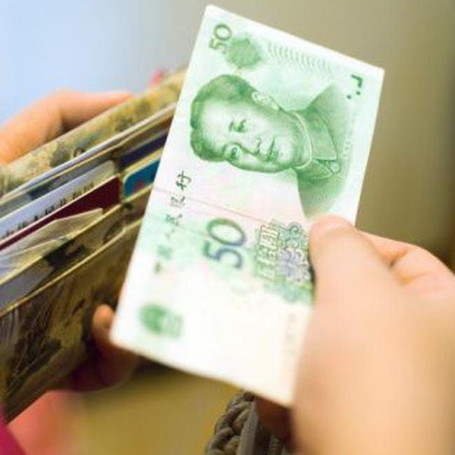"""Dòng tiền """"nóng"""" và ảnh hưởng đối với kinh tế Trung Quốc"""
