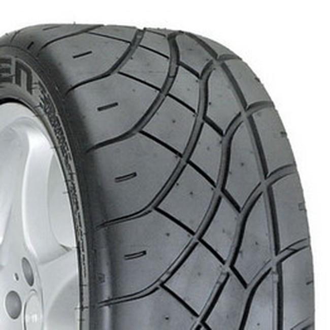 Cao su tăng giá, sản xuất lốp xe gặp khó