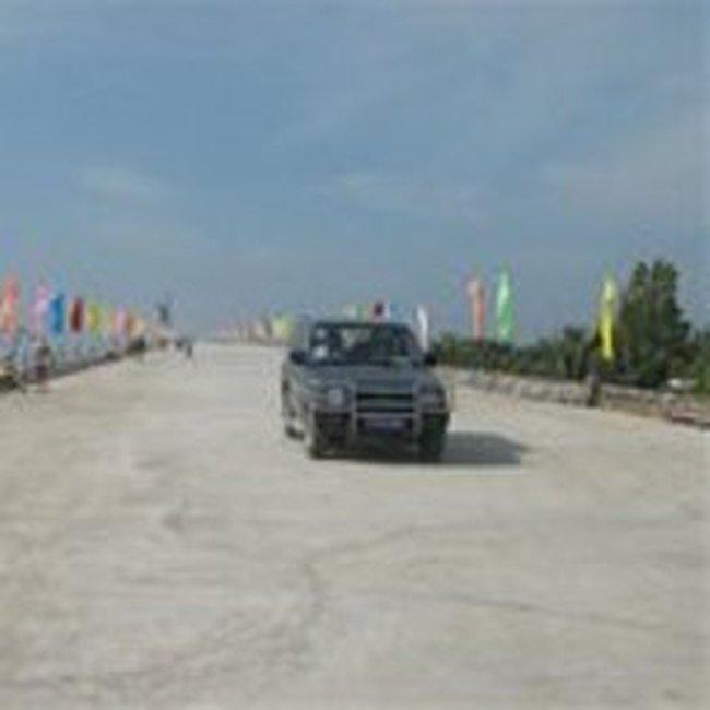 Thông xe kỹ thuật cầu Hàm Luông - Bến Tre