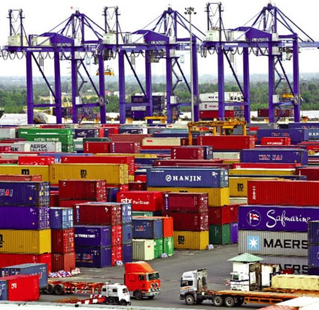 Hạ tầng cảng biển yếu kém, thêm khổ cho doanh nghiệp