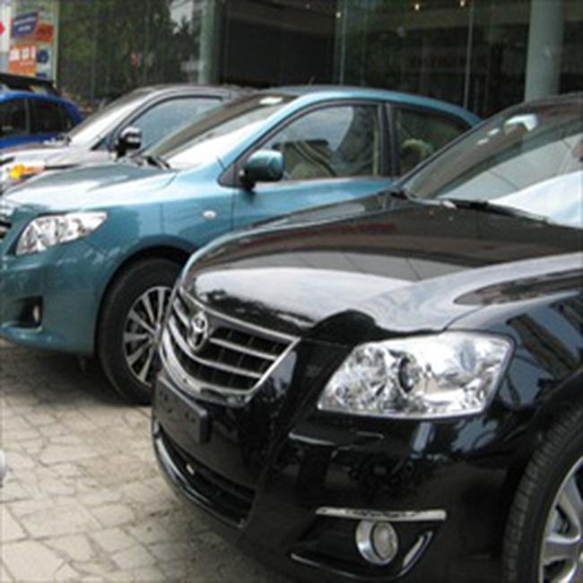 Ôtô giảm giá cứu thị trường cuối năm