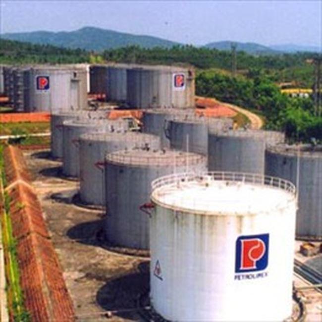 Đề xuất chi 700 tỷ đồng mua xăng dầu dự trữ