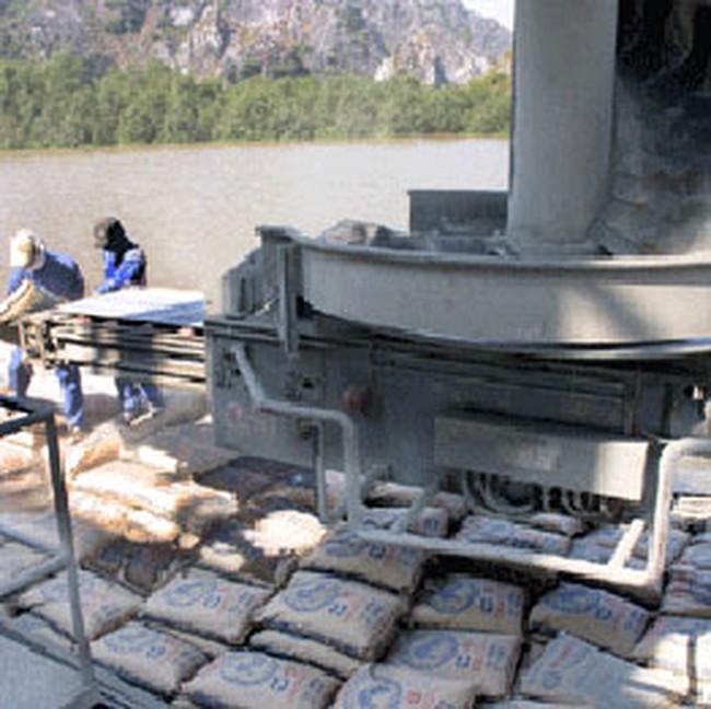 VICEM dự kiến xuất khẩu 1 triệu tấn xi măng năm 2010