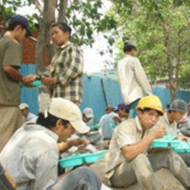 Việt Nam đứng trước nguy cơ thiếu việc làm bền vững?