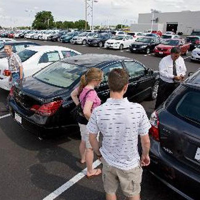 Thị trường Mỹ chờ báo cáo về thị trường việc làm, doanh số ô tô, bán lẻ