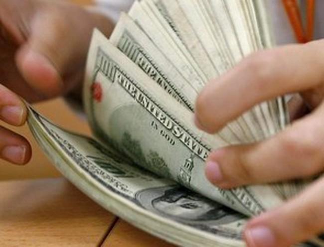Chỉ 10% kiều hối gửi về được bán cho các ngân hàng