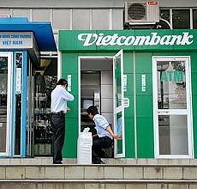 Ngân hàng tăng cường dịch vụ ATM