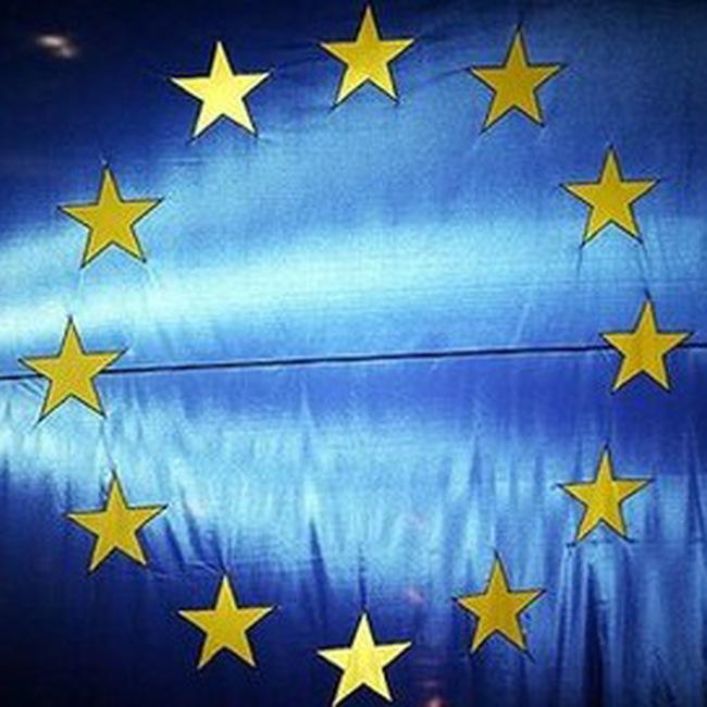 Thị trường tài chính thế giới hoảng sợ vì nỗi lo châu Âu