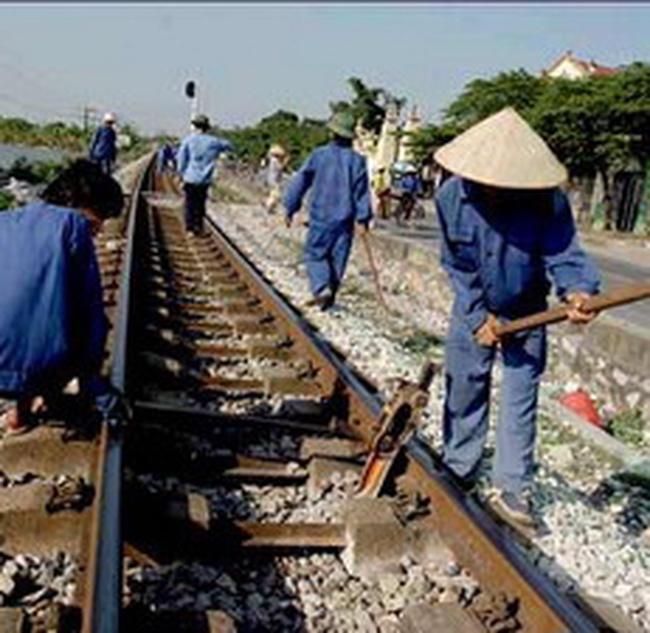 Nhật Bản giúp xây thêm cầu đường sắt