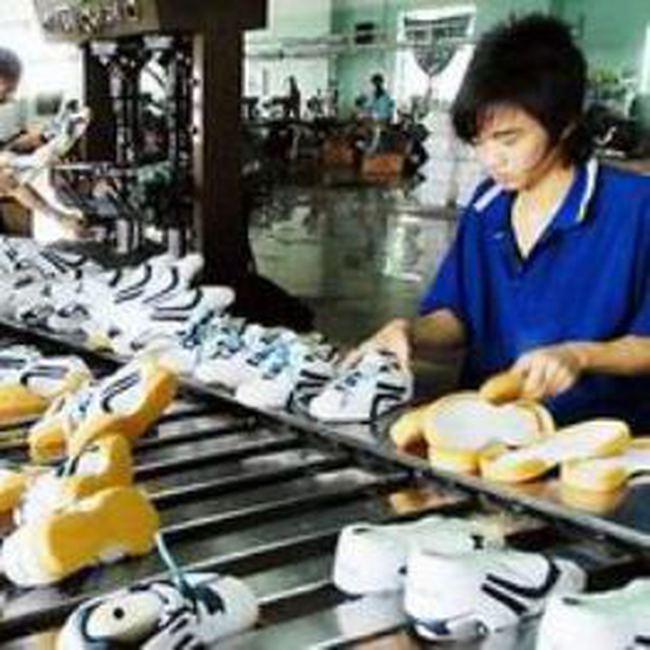 Áp thuế bán phá giá giày dép đang gây chia rẽ EU