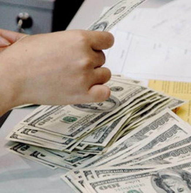 Từ 11/02: Điều chỉnh tỷ giá bình quân liên ngân hàng lên 18.544 đồng/USD