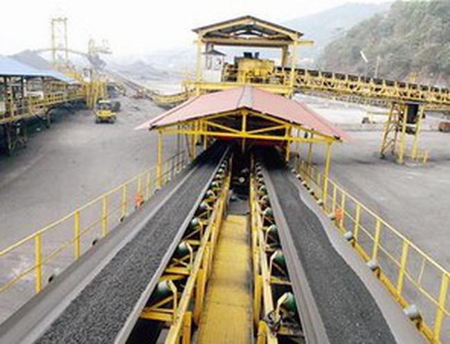 TKV xuất khẩu 49.000 tấn than sang Nhật đầu năm mới