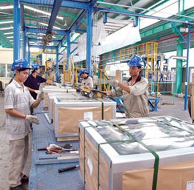 Nhiều doanh nghiệp vẫn hoạt động cho kịp tiến độ sản xuất