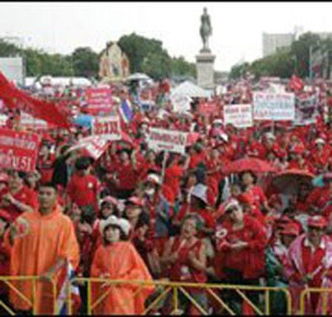 Thái Lan bất ổn, đầu tư nước ngoài chuyển sang Việt Nam