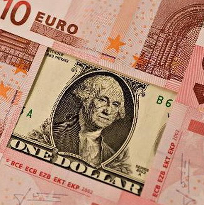Đồng USD được dự báo sẽ tiếp tục tăng giá mạnh
