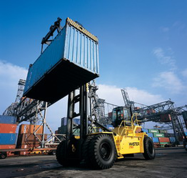 Hàng xuất ngoại qua cảng Sài Gòn giảm mạnh