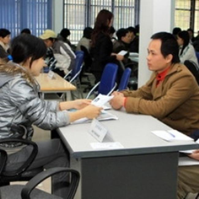 Hà Nội lập năm điểm giao dịch việc làm vệ tinh
