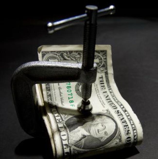 Tại sao nhóm nước giàu cần giảm nợ công?