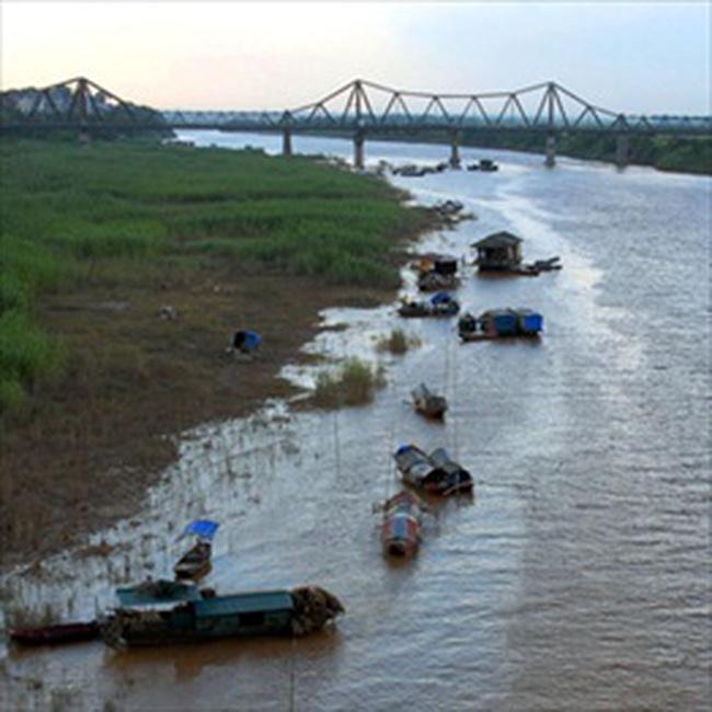 Hà Nội có thể xây đường hầm vượt sông Hồng