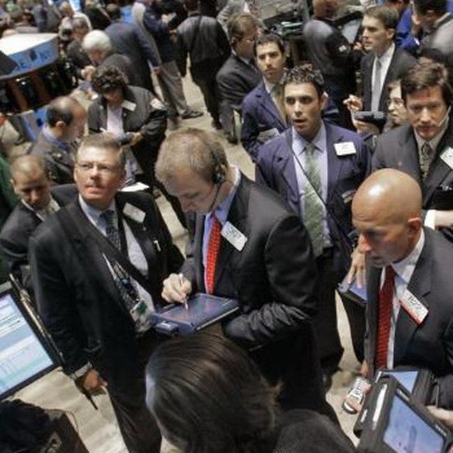 Dow Jones vượt 11 nghìn điểm trong phiên
