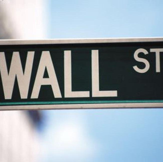 Dow Jones lại vượt 11 nghìn điểm trong phiên